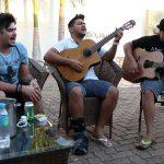 Henrique e Juliano Cuida Bem Dela Voz e Violão